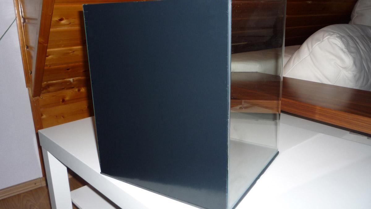 dekor folie am nano aquarium ankleben. Black Bedroom Furniture Sets. Home Design Ideas