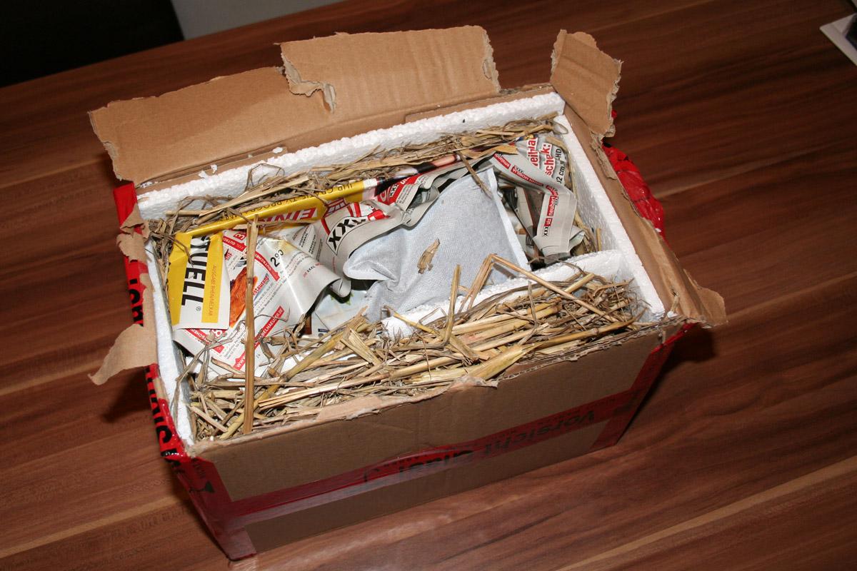 Paket Isolierung mit Stroh